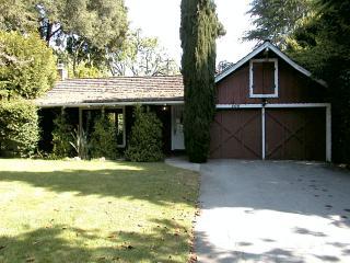 400 Claire Place<br>Menlo Park, CA
