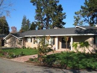 1040 Atkinson Lane Menlo Park, CA