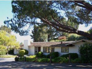 2331 Warner Ranger<br>Menlo Park, CA