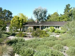 26485 St. Francis Rd Los Altos Hills, CA