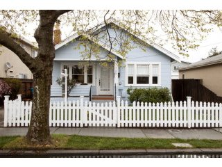 709 Clinton Street – Redwood City, CA