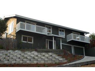 2824 Monte Cresta Drive<br>Belmont, CA