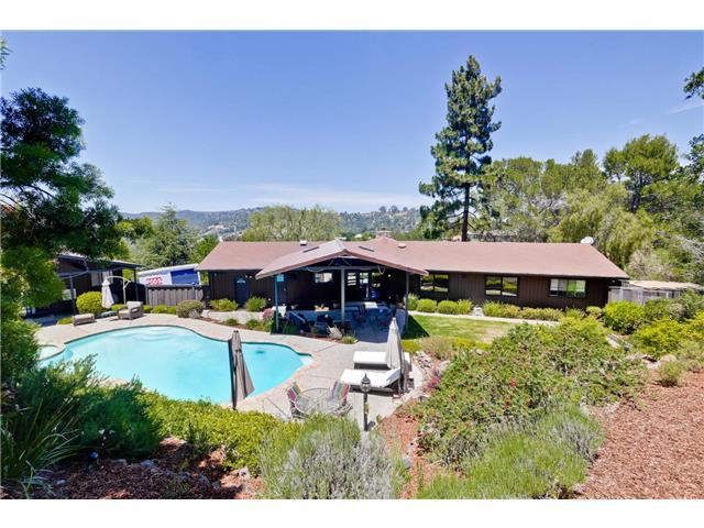 245 Hillsdale Way – Emerald Hills