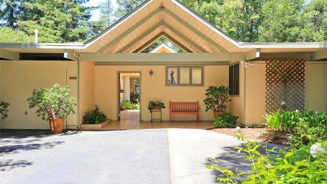 936 Valdez Place - Stanford