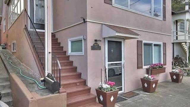 105 Pearl Street, Sausalito