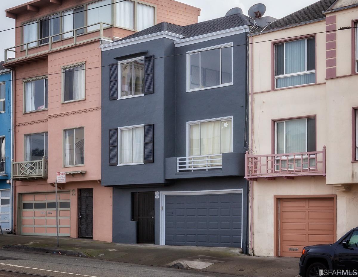 3835 Judah Street, San Francisco
